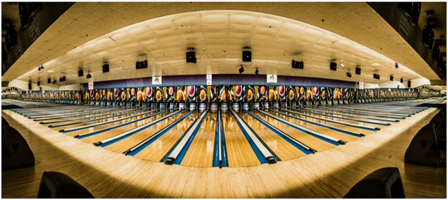Players in the world of ten pin bowling